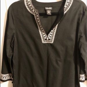 Black & White 3/4 Blouse
